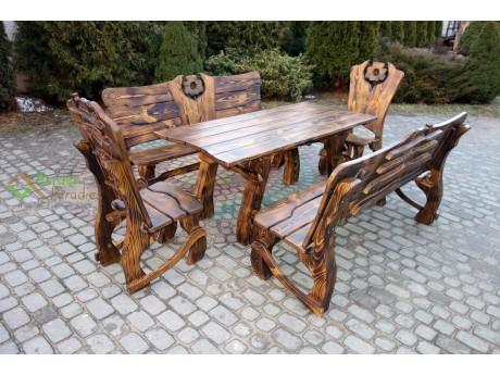 Gartenmöbel Set aus Holz von Hand gefertig