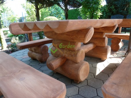 Rustikale Gartenmöbel Gartenset aus Baumstämmen