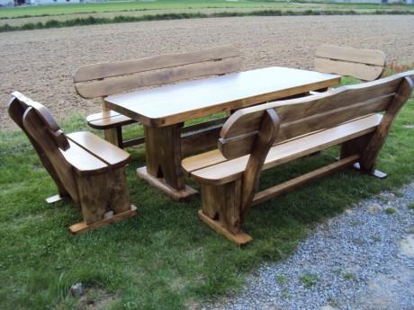 Gartengarnitur aus Naturholz Handgefertigt
